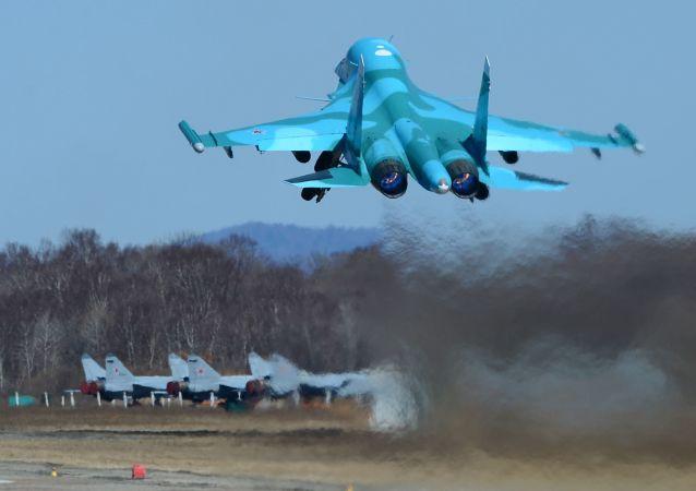 قاذفة القنابل سو-34
