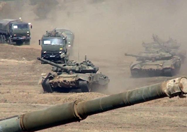 مناورات القوات في غرب روسيا