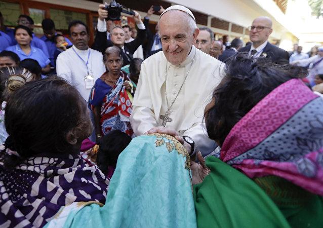 بابا الفاتيكان في بنغلادش
