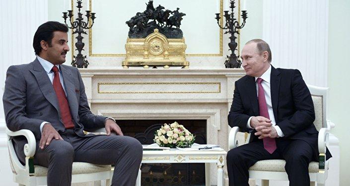 أمير قطر تميم بن حمد بن خليفة آل ثاني والرئيس الروسي فلاديمير بوتين