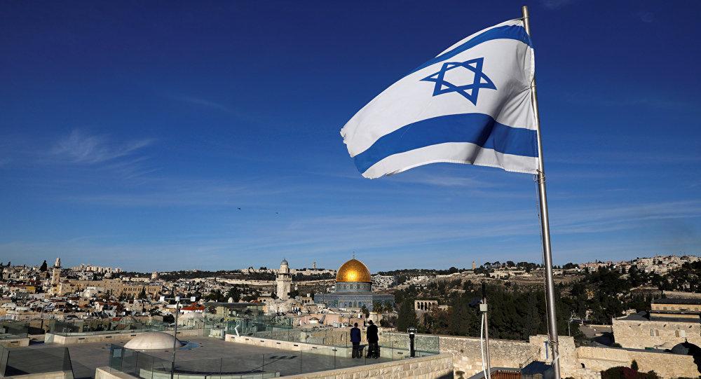 علم إسرائيل على خلفية مدينة القدس، 4 ديسمبر/ كانون الأول 2017
