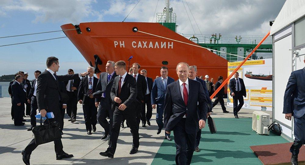 الرئيس بوتين أثناء زيارته لأقاليم الشرق الروسي عام 2016