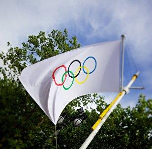 العلم الأولمبي