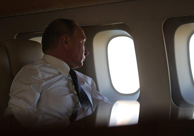 الرئيس فلاديمير بوتين يصل القاعدة حميميم، سوريا 11 ديسمبر/ كانون الأول 2017