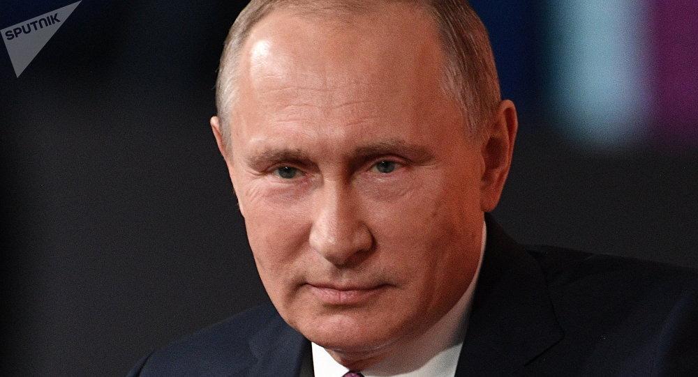 المؤتمر الصحفي الكبير السنوي للرئيس الروسي فلاديمير بوتين في الكرملين، موسكو 14 ديسمبر/ كانون الأول 2017