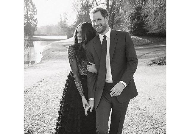 الأمير هاري مع خطيبته ميغان ماركل