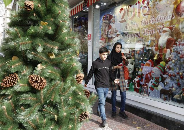 الاحتفالات بعيد الميلاد المجيد - طهران، إيران 24 ديسمبر/ كانون الأول 2017
