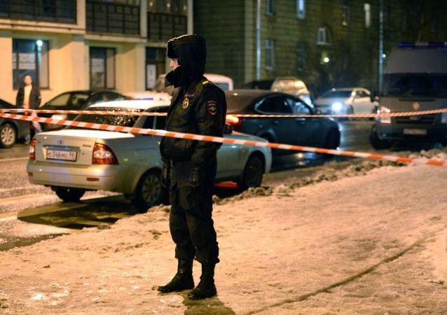 الانفجار في سان بطرسبورغ، روسيا - الشرطة الروسية - الإسعاف - المطافئ