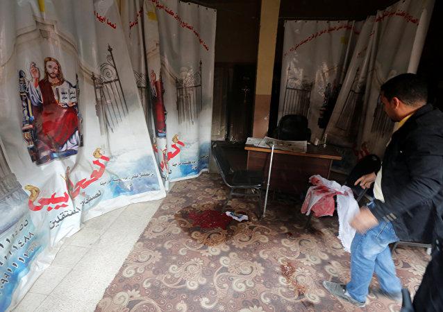 آثار الدماء عند كنيسة حلوان