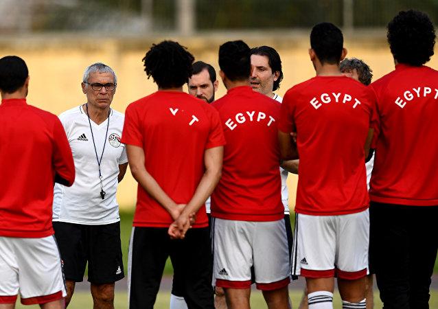 هيكتور كوبر مدرب المنتخب المصري