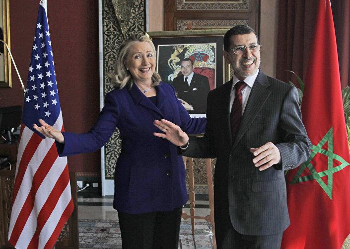 صورة أرشيفية - هيلاري كلينتون مع وزير خارجية المغرب