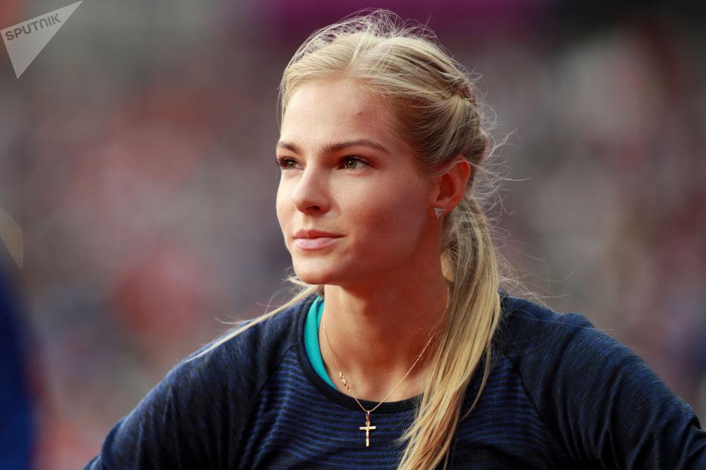 داريا كليشينا في المسابقة النهائية للقفز لمسافات طويلة بين النساء في بطولة العالم لألعاب القوى لعام 2017 في لندن