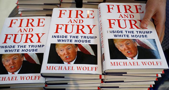 كتاب النار والغضب: داخل البيت الأبيص ترامب للمؤلف مايكل وولف