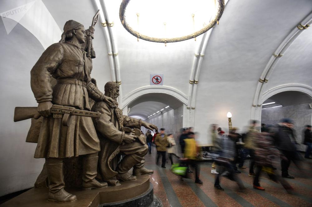 محطة مترو بيلوروسكايا في موسكو