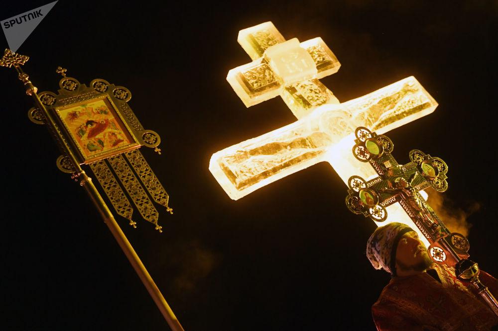الاحتفال بعيد الغطاس في مختلف أنحاء روسيا - تتارستان