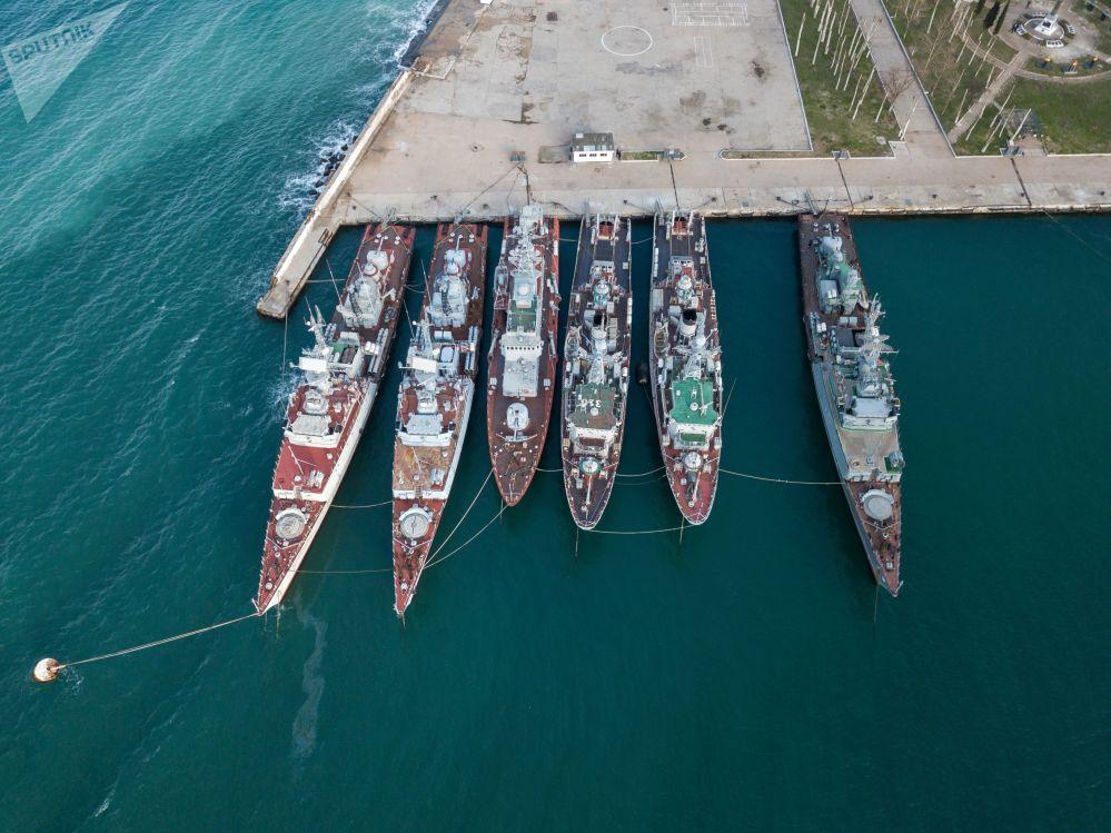 السفن الحربية الأوكرانية في القرم، روسيا