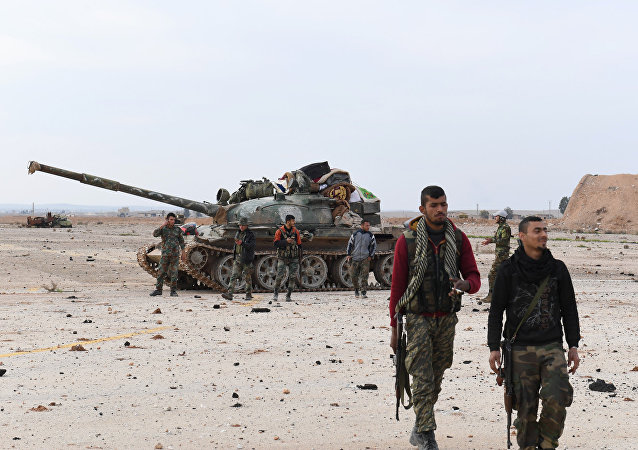 القوات السورية الحكومية في مطار أبو الضهور العسكري بعد تحريره