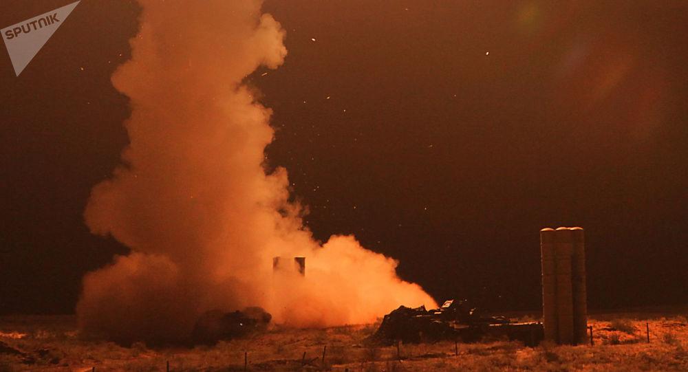 تجربة إطلاق صاروخ مضاد للطائرات في مقاطعة أستراخان