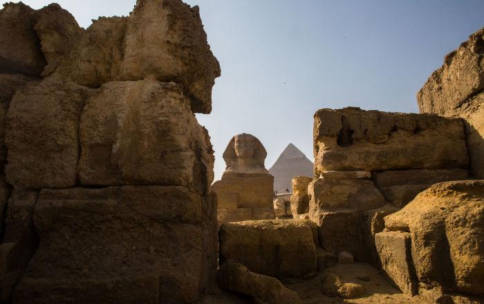 مصر… اكتشاف أفران حرق وسور ضخم من الطوب اللبن تعود للعصر الروماني… صور