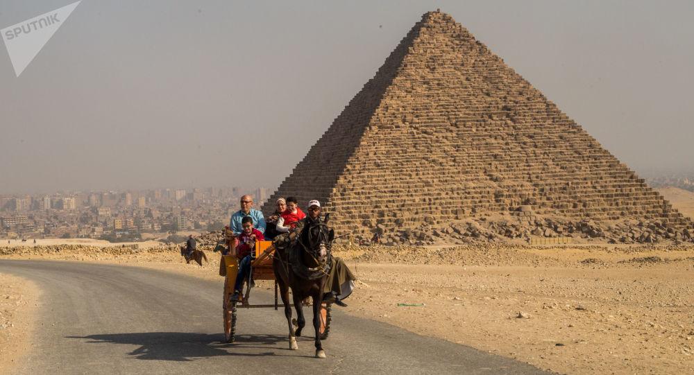 أهرامات الجيزة، القاهرة، مصر