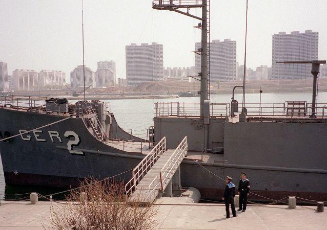 جولة على متن سفينة الاستطلاع الأمريكية بويبلو في بيونغ يانغ، كوريا الشمالية 24 يناير/ كانون الثاني 2018