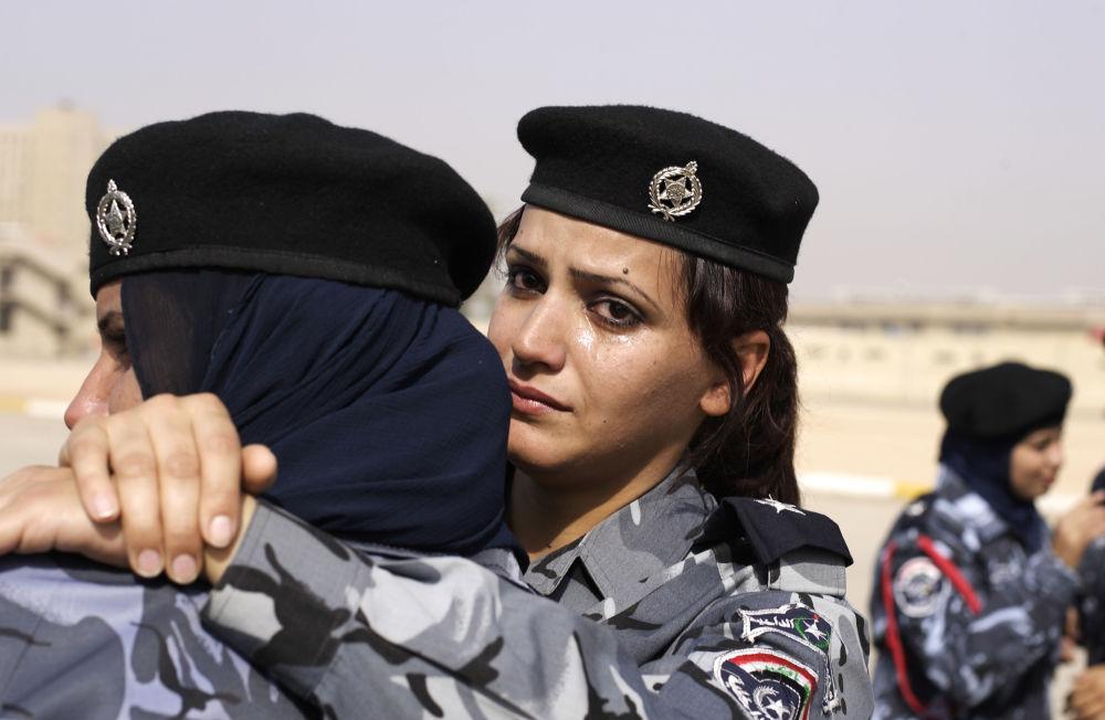 شرطيات عراقيات في بغداد