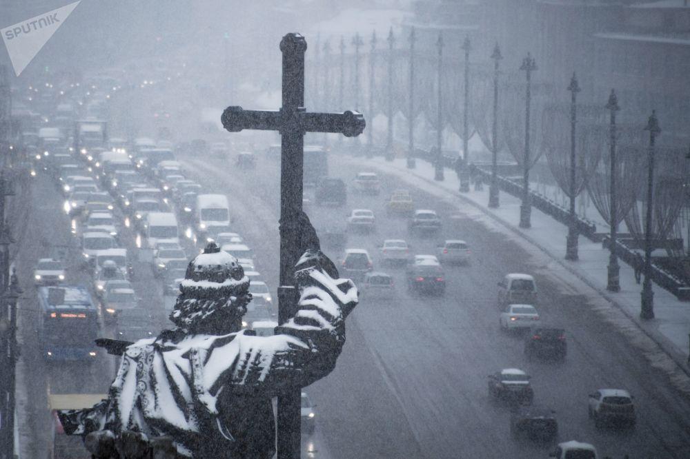 تساقط ثلوج كثيفة في موسكو
