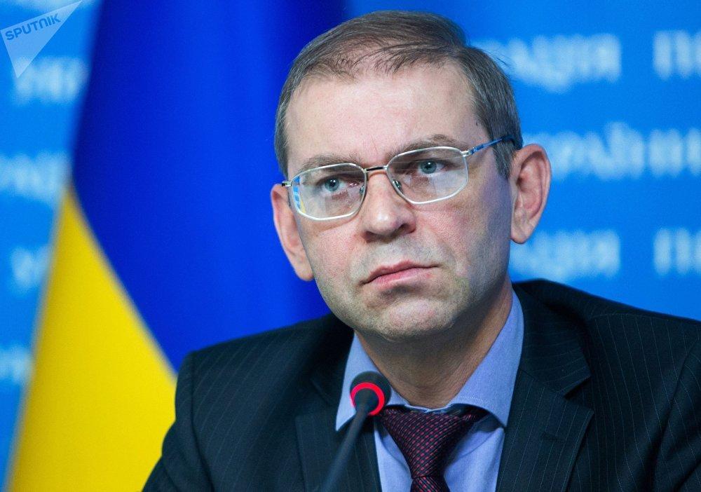سيرغي باشينسكي، عضو البرلمان الأوكراني المعروف بمواقفه المؤيدة لقلب نظام الحكم في أوكرانيا