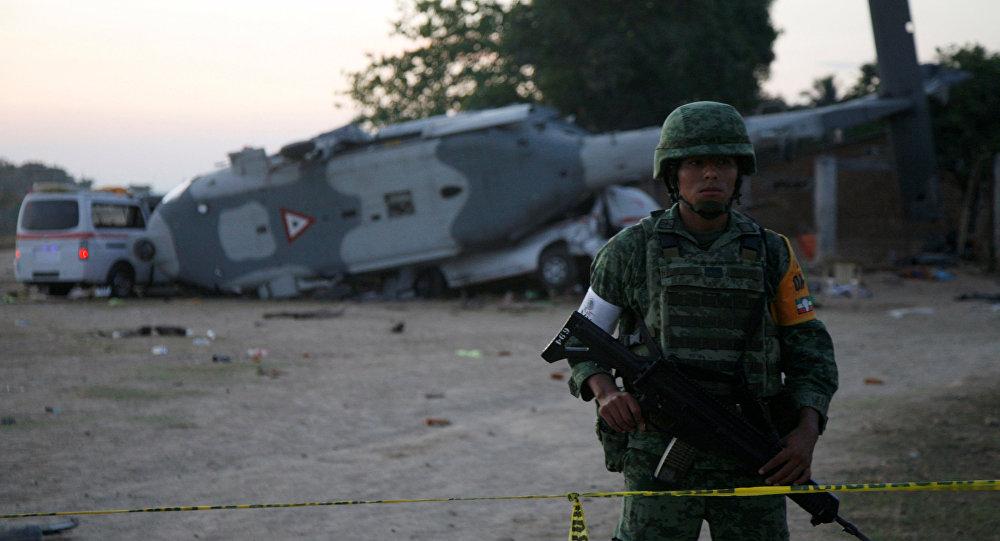 سقوط طائرة هليكوبتر مكسيكية