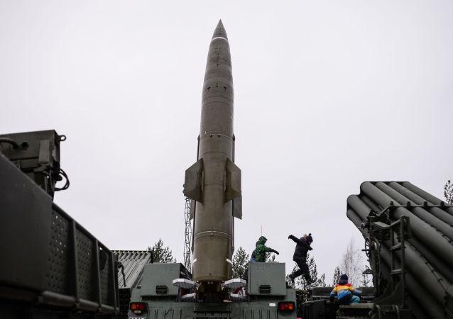 الصواريخ الباليستية التكتيكية توتشكا