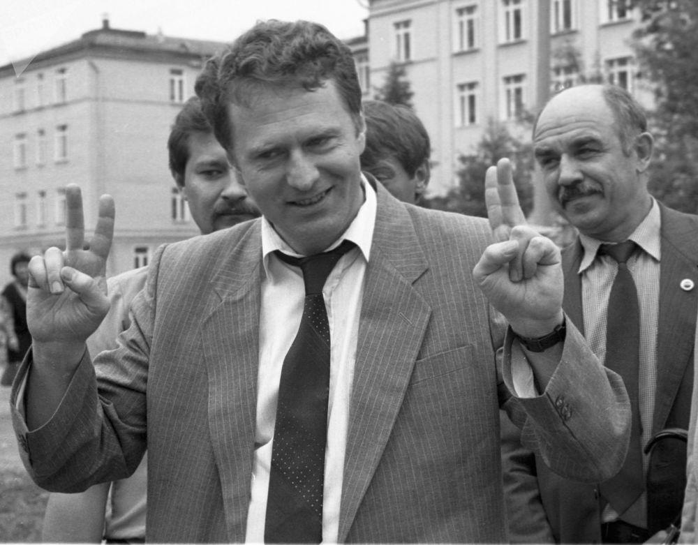 زعيم الحزب الديموقراطي الليبرالي الروسي، فلاديمير جيرينوفسكي مرشحا للانتخابات الرئاسية الروسية