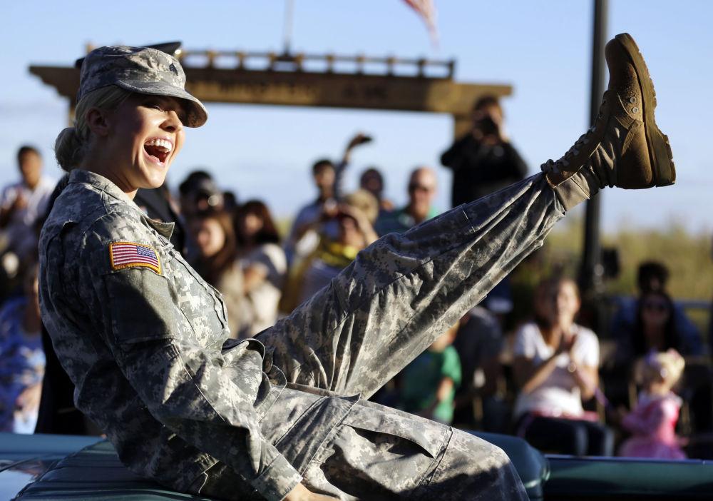 جندية في الحرس الوطني الأمريكي، 2013