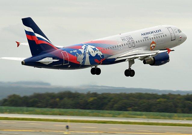 طائرات شركة أيروفلوت الروسية في مطار قازان