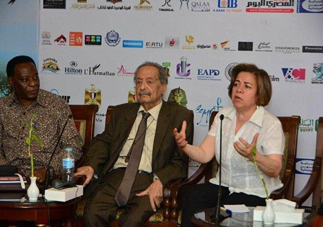 عزة الحسيني مديرة مهرجان الأقصر