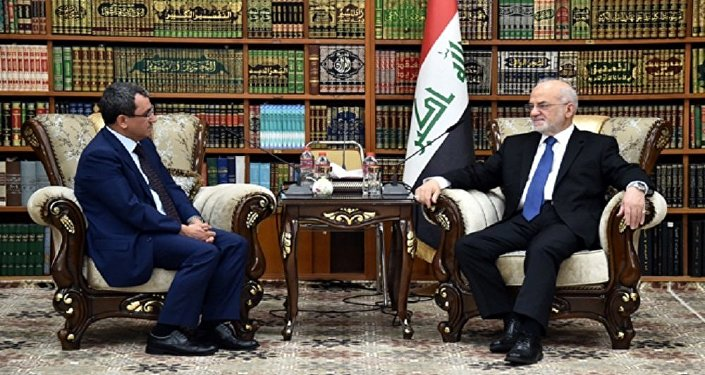 وزير الخارجية العراقي إبراهيم الجعفري مع وكيل وزير الخارجية التركية