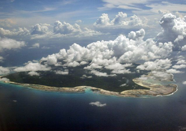 مشهد يطل على جزيرة سينتينل، إحدى جزر أندمان الهندية الواقعة على خليج البنغال