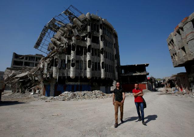 قصة أسرة عراقية (محمد صالح أحمد وإيمان صالح) - العودة إلى الموصل، العراق 21 مارس/ آذار 2018