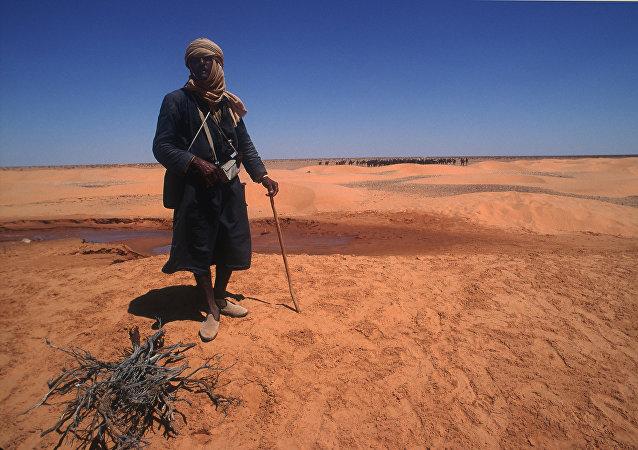 البدو الرحل في الصحراء