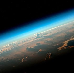 مشهد يطل على كوكب الأرض من محطة الفضاء الدولية. الصورة التقطها رائد فضاء روسكوسموس أوليغ أرتيمييف