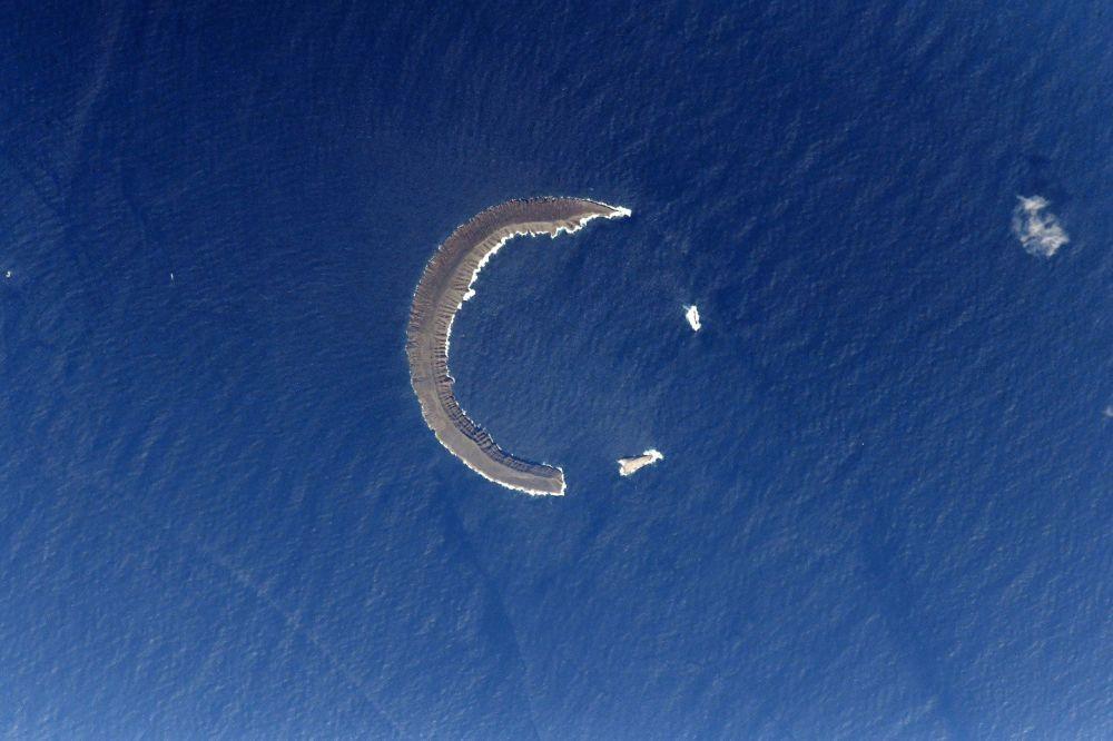 جزيرة تورتوغا - الهلال في المحيط الهادئ
