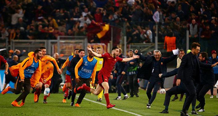 فرح نادي روما بإقصائهم لبرشلونة