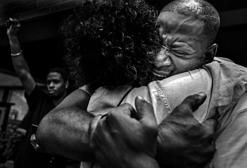 مسابقة صور الصحافة العالمية لعام 2018 - صورة بعنوان ليس حكمي للمصور ريتشارد تسونغ-تاتاري من الولايت المتحدة، الفائزة بالمرتبة الثانية في فئة التصوير أخبار عامة