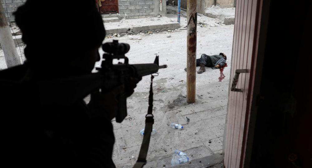 مسابقة صور الصحافة العالمية لعام 2018 - صورة بعنوان أزمة الشرق الأوسط العراق الموصل للمصور غوران توماسيفيتش من صربيا، الفائزة بالمرتبة الثالثة في فئة التصوير أخبار الحدث