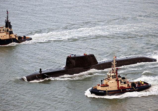 غواصة HMS Astute البريطانية