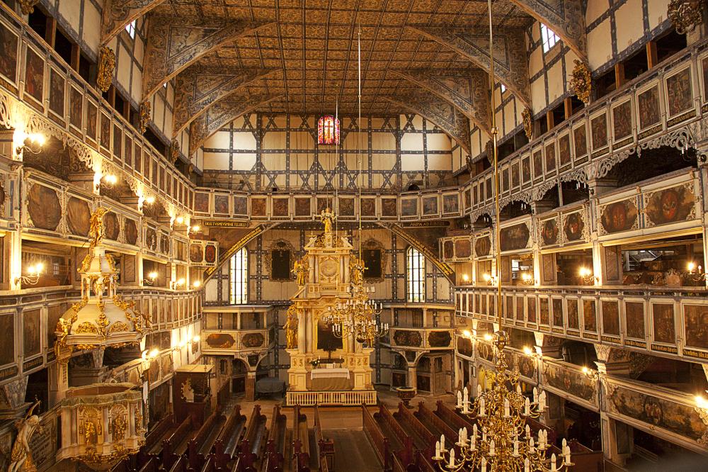 معبد السلام في جافور في بولندا