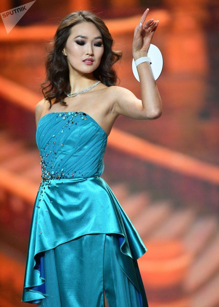 Альт: أداء المتسابقات في مسابقة ملكة جمال روسيا 2018 في قاعة الحفلات الموسيقية بارفيخا
