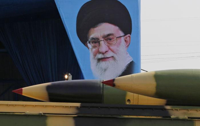 خطر إيراني... مجلة أمريكية تتوقع فوضى بالشرق الأوسط