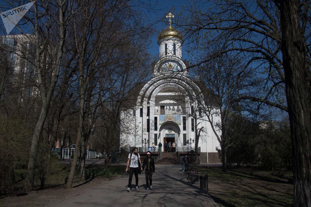 كنيسة الشفاعة بوكروفسكايا في روستوف على نهر الدون