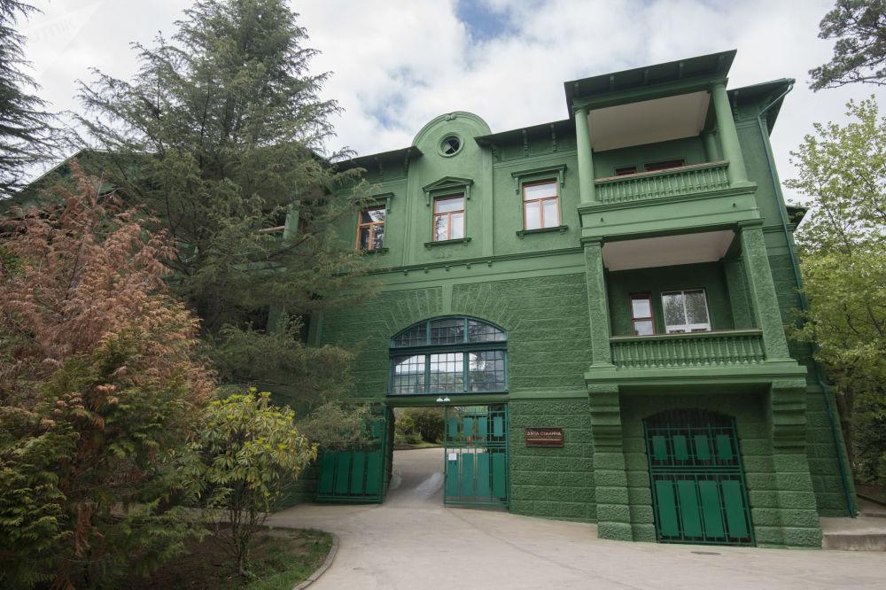 متحف البيت الصيفي لستالين
