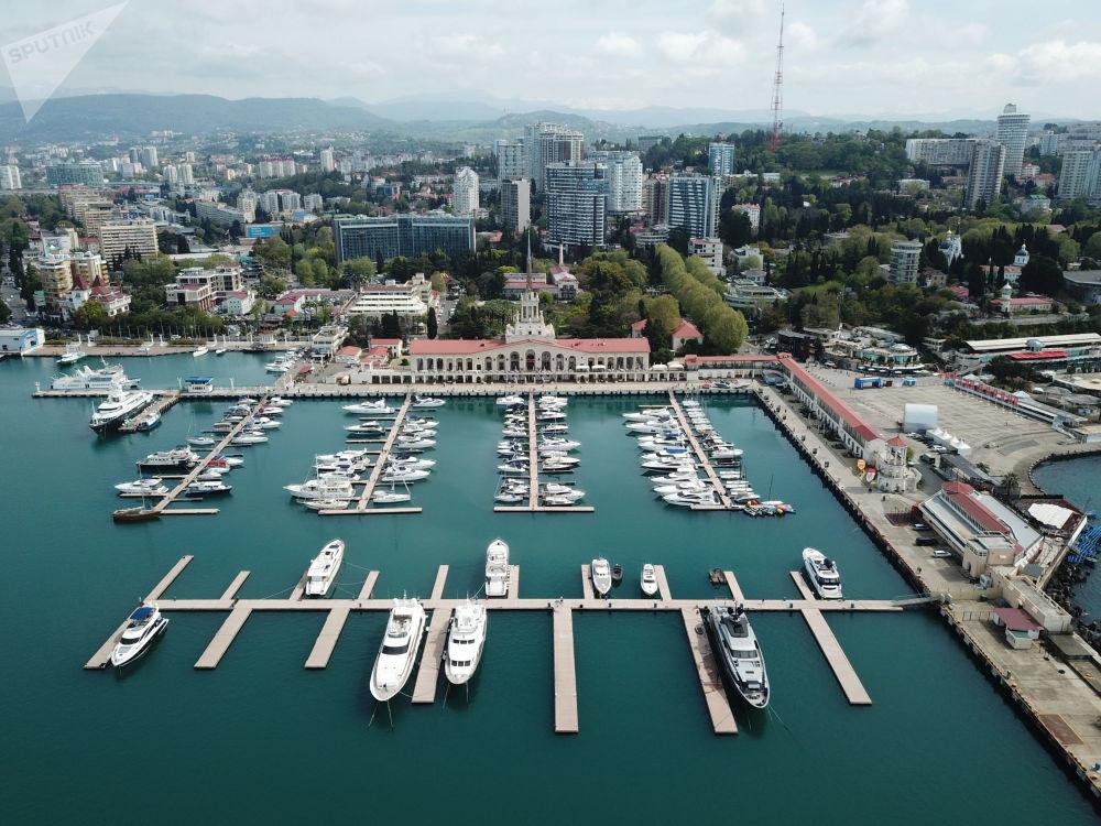 ميناء سوتشي التجاري